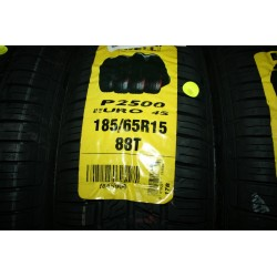 Pirelli P2500 - 185/65/15 88T